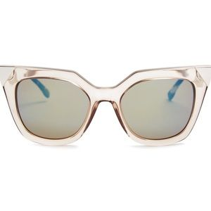 fendi • iridia cat eye sunglasses 0060